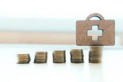 「終身保険=実質の保険料負担なし」は誤解だ│掛け捨てのほうが「実質的な負担」は軽い