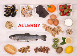 フードアレルギーの症状はかゆみだけにあらず!遅発型は下痢や微熱も