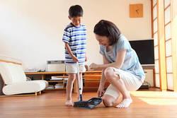 """羽田空港""""カリスマ清掃員""""が教える、子どもを掃除好きにする方法"""
