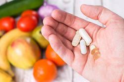 薬を飲む知恵・飲まぬ知恵 第16回│注意したい食べ物と薬の組み合わせとは?