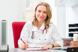 ひどい生理痛を緩和させる方法を産婦人科専門医に聞いた