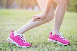 こむら返りの原因と対処法|食事とストレッチで予防