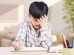反抗期の子に悩む親が知らない「最後の手段」|転がり、泣き叫ぶ小5の息子に疲弊する母
