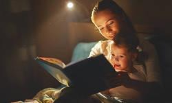 「本の読み聞かせ」を今からでもやるべき理由 「父と子」の関係づくりにも効果絶大だ