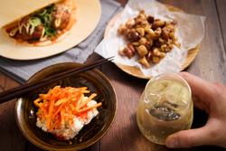 【コンビニ飯レシピ】5分で完成! ハイボールに合う簡単&絶品おつまみ3選