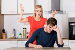 お金でもめる「ギスギス夫婦」の5つの特徴|離婚を決断する前にやるべき家計診断とは?