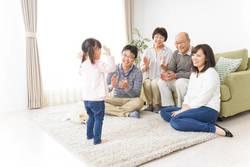 「三世代同居は得ばかり」と断言できないワケ|両親と同居する前に知りたい3つのリスク