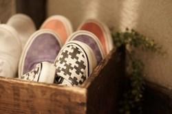 狭い玄関でもすっきり!靴の収納のコツ&アイディア
