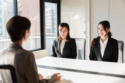 就活現場で「女子の顔採用」は実際にあるのか|女子学生が就職活動で抱く5つ悩みに答える