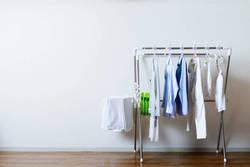花粉がつきにくい洗濯物の干し方を、 家事・収納アドバイザーの本多弘美先生と実践!