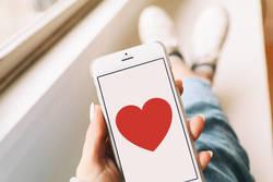 「恋活アプリ」が世界中で増殖し続ける理由|最大手・マッチグループの幹部を直撃した