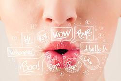 第一印象の4割は声で決まる!印象アップのための声と話し方