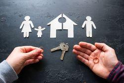 住宅ぺアローンを組んだ夫婦が離婚、名義や返済、売却方法をFPが解説