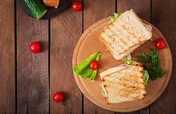 【1日元気に♪】ダイエット中の朝食におすすめなパンのレシピ5選