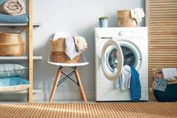 タオルを洗濯する正しい頻度は? おすすめの洗濯方法や干し方のコツを伝授!