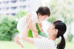 30代女性「出産と育児休暇中にもらえるお金はいくら?」FPが回答