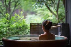 【連載 温泉×ヨガ】温泉入浴は軽い運動に匹敵する!ダイエットの視点から見る温泉入浴法