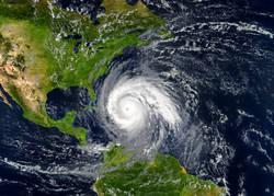 【一人暮らしの防災対策・水害編】台風や大雨などの水害の備えや災害時の行動とは