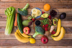 食物アレルギー(12)生の果物、野菜で発症