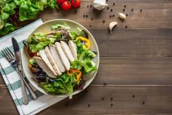 男を磨くダイエット法  第28回 ダイエット中の食事には鶏むね肉が最適な理由