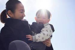 子育てママの自己肯定感、妊娠前より上がった?それとも下がった?