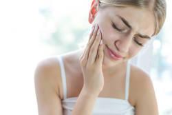 身近な病気 顎関節症…あごへの負担減らす