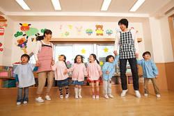 東京の保育園「コロナ」で不安強まる現場の葛藤│23区は江東区以外で「育休延長」を緊急容認