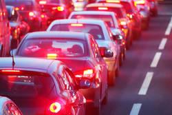 「大渋滞」復活!高速道路の混雑は今後も続くか|シルバーウィークは日本各地に人が押し寄せた