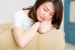 休日に動かない人ほど疲れ取れない訳【動画】 逆に体を動かしたほうが回復を図れる