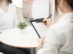 医師に聞く、人間ドックは何歳から受診すべき?