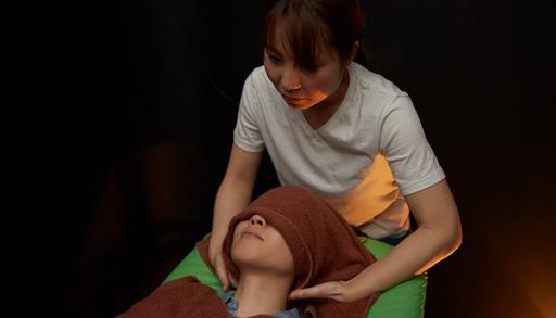 首~後頭部を施術していたときに気絶したらしい