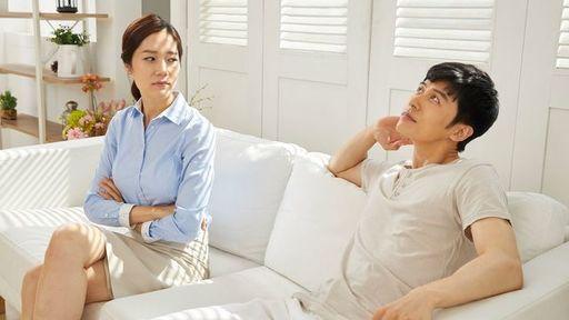 共働き夫婦はおカネの使い方が甘くなりがち。特に「金銭感覚が違う夫婦」は危ない(写真:A_Team/PIXTA)