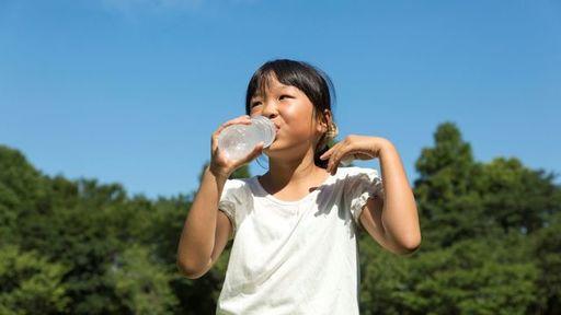 「水分補給をすれば安心」では全くないのです(写真:ABC / PIXTA)