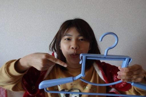 タートルネックハンガー(410円)|シンコハンガー