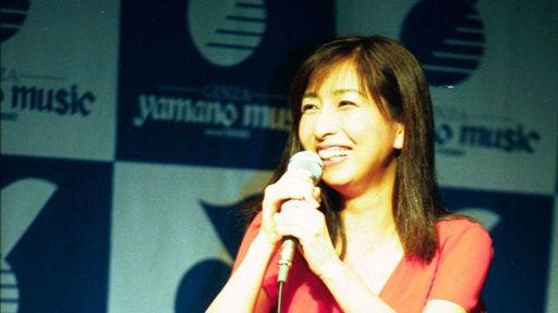岡村孝子さんは女性デュオ「あみん」でデビューしたことでも知られる(写真:日刊スポーツ新聞社)