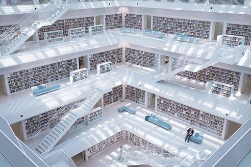 広い図書館は魅力的!