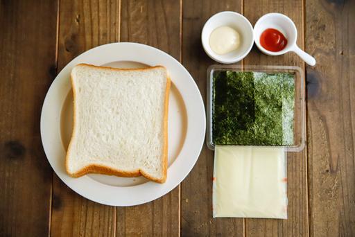 おばけちゃんの海苔チーズトーストの材料はこちら!