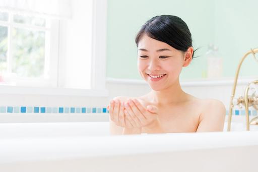 お風呂が恋しくなるこの季節。入浴剤で癒やしのバスタイムを楽しもう
