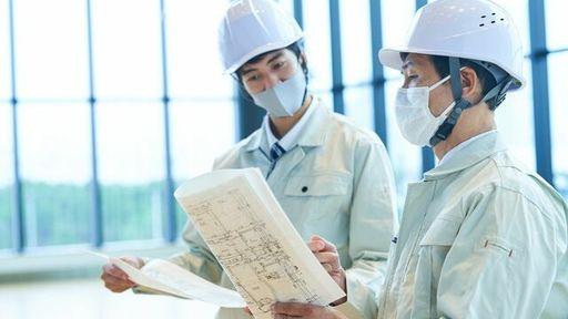 さまざまな業界で、対面業務に従事する人たちを助けるサービスが登場しています(写真:tkc-taka /PIXTA)