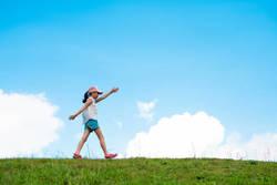 """1日に必要な歩数は何歩?生活習慣病を予防するための""""歩く習慣"""""""