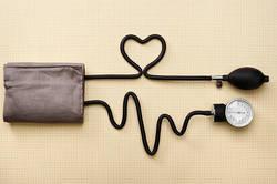 スマートに血圧を測定したいという方におすすめ!オムロン ヘルスケア Blue tooth搭載の血圧計のご紹介