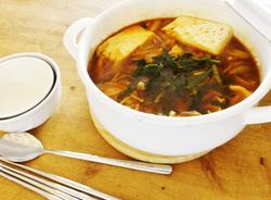 カプサイシンで身体を温める!豚肉ときのこのスンドゥブ風【身体が変わる!10分レシピ#14】