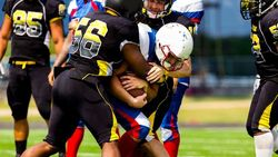 「激しいスポーツと認知症」の意外に深い関係│米国ではアメフト選手の告発映画も話題に