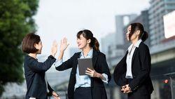 新入社員が犯しがちな「同僚づきあい」のミス│同期と学生ノリ、独身お局社員に結婚ネタ・・・