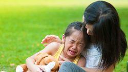 「発達障害の子」に悩む親が知りたい超基本 「ぐずる」「こだわる」「怠ける」も症状のひとつ