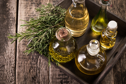 中性脂肪を減らす効果も!健康的な体づくりをサポートする良質な油とは
