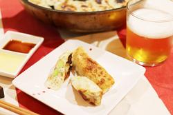 包んで焼くだけ!低カロリーでジューシーな枝豆棒餃子【身体が変わる!10分レシピ#43】