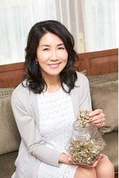 【特集/正しく知りたい肌のこと】 植物療法士・森田敦子さんの肌習慣<前編>