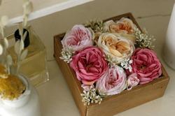【賃貸DIY】100均の造花で手作りフラワーボックス! 作り方やアレンジも紹介