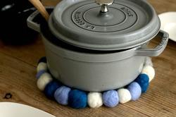 【賃貸DIY】100均の羊毛フェルトでハンドメイド。フェルトボールでキッチンアイテムを作ろう